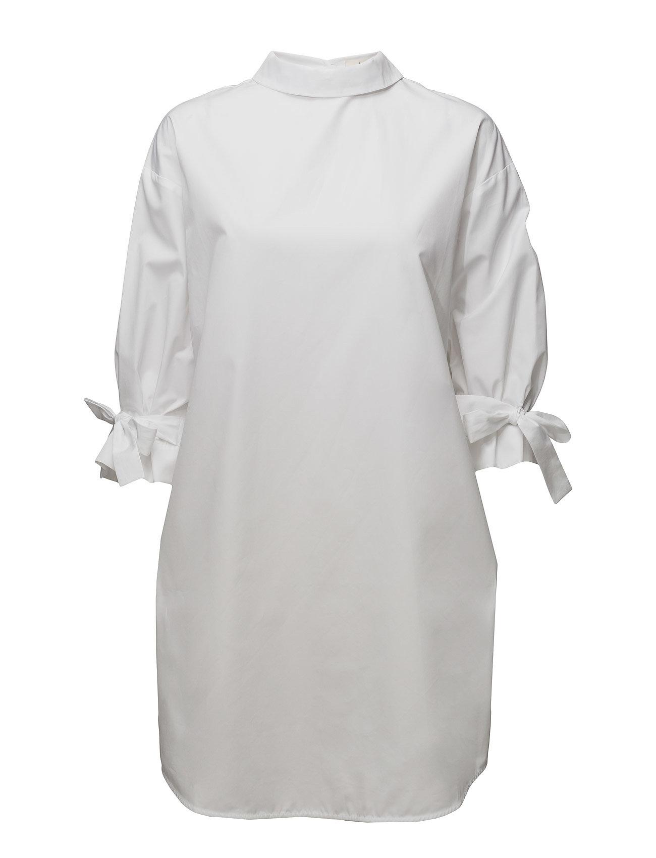 Billede af Backwards Shirt Dress