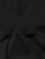 AIM'N - Black Ribbed Midi Biker Shorts - träningsshorts - black - 2