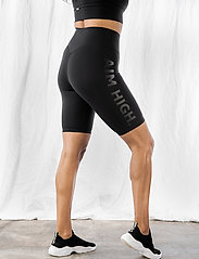 AIM'N - Word Black Soft Biker Shorts - træningsshorts - black - 0
