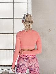 AIM'N - Bubblegum Washed Ribbed Crop Long Sleeve - topjes met lange mouwen - bubblegum - 3