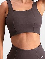 AIM'N - Macchiato Luxe Seamless Bra - sport bras: low support - macchiato - 5