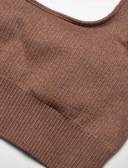 AIM'N - Bronze Ribbed Seamless Bra - sport bras: medium support - bronze - 8
