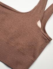 AIM'N - Bronze Ribbed Seamless Bra - sport bras: medium support - bronze - 10