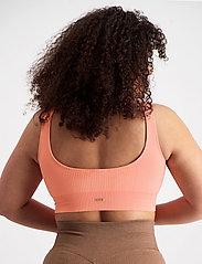 AIM'N - Peach Ribbed Seamless Bra - sport bras: medium support - peach - 5