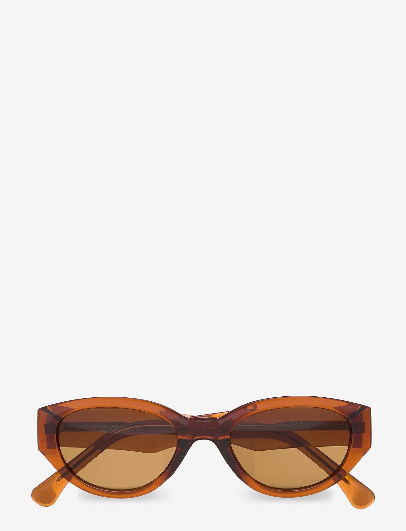 A.Kjærbede - Winnie - d-shaped - brown - 1