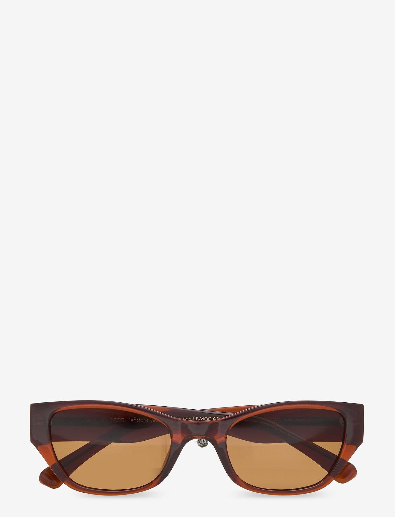 A.Kjærbede - Kanye - d-shaped - brown transparent - 1