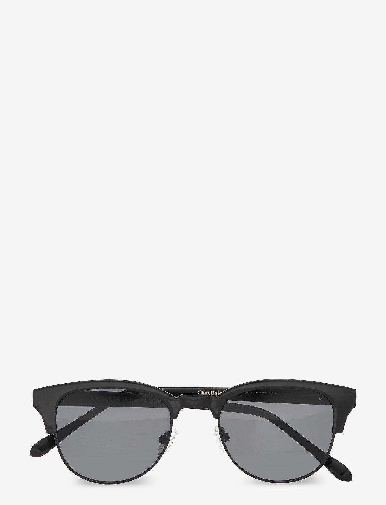 A.Kjærbede - Club Bate - d-vormige zonnebril - black - 1