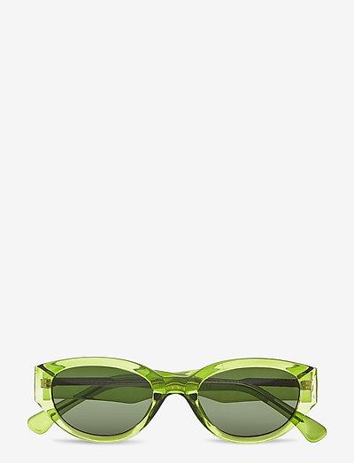 Winnie - d-shaped - light olive transparent
