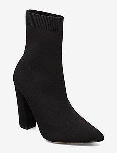 NICHOLETTA - ankelstøvler med hæl - black