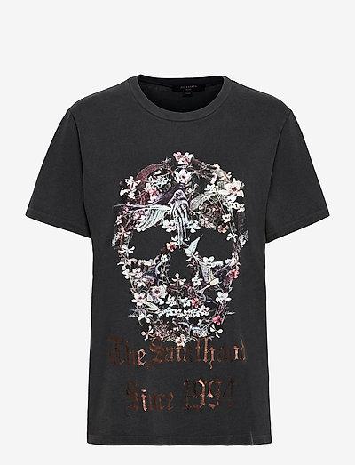 SKULL BOYFRIEND TEE - t-shirts - vintage black