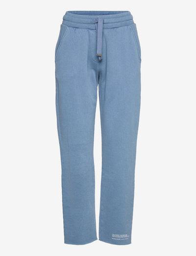NATURAL CUT-OFF SWEA - casual broeken - indigo blue