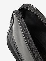Alpha Industries - Utility Bag Reflective - olkalaukut - black - 3
