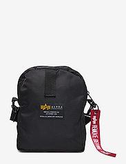 Alpha Industries - Crew Carry Bag - vyölaukut - black - 1