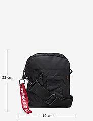 Alpha Industries - Crew Carry Bag - vyölaukut - black - 4
