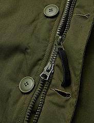Alpha Industries - Polar Jacket - parkatakit - dark green - 7