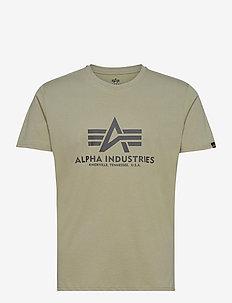Basic T-Shirt - t-shirts - olive