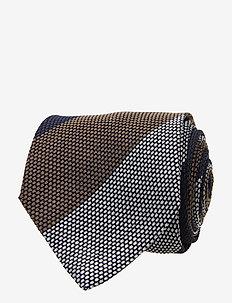 Classic Tie - krawatten - chocolate