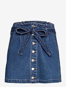AE Super High-Waisted Denim A-Line Skirt - denimnederdele - medium wash
