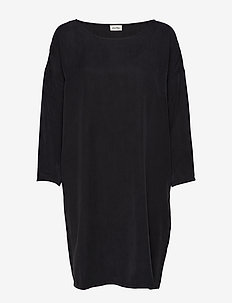NALASTATE - stickade klänningar - carbon