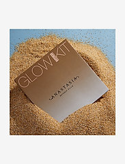 Anastasia Beverly Hills - Glow Kit® - Sun Dipped - highlighter - sun dipped - 5