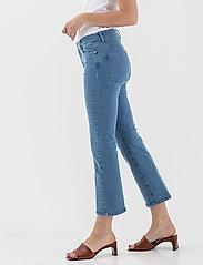 Andiata - Doryla Jeans - schlaghosen - blue - 3