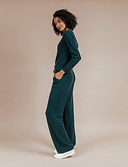 Andiata - Christie knit joggers - sweatpants - teal green - 3