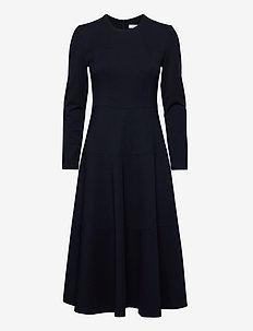 MINNY DRESS - midi kjoler - midnight blue