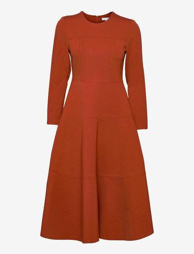 Minny T Jersey Dress - cocktailkjoler - terracotta brown