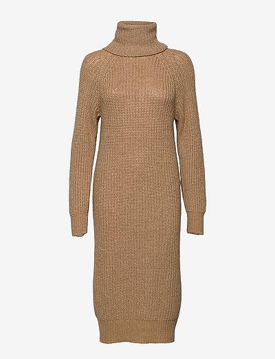 Valenia Knit Dress - sommerkjoler - caramel beige