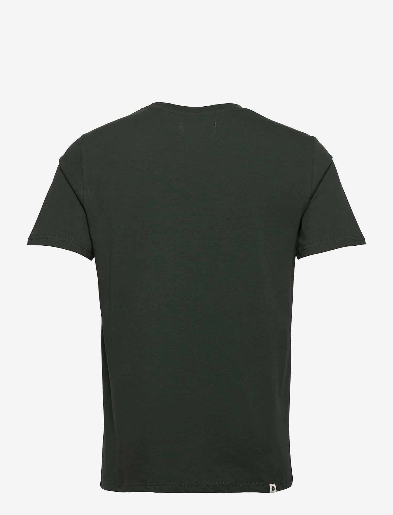 Anerkjendt - AKROD T-SHIRT - t-shirts - deep forrest - 1