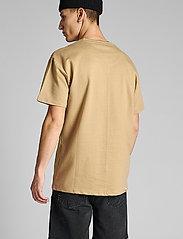 Anerkjendt - AKARNE BOXY SWEAT - t-shirts - incense - 3