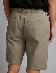 Anerkjendt - AKJENS LT ELASTIC SHORTS - casual shorts - brindle - 4
