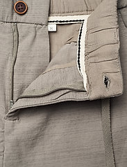 Anerkjendt - AKJENS LT ELASTIC SHORTS - casual shorts - brindle - 6