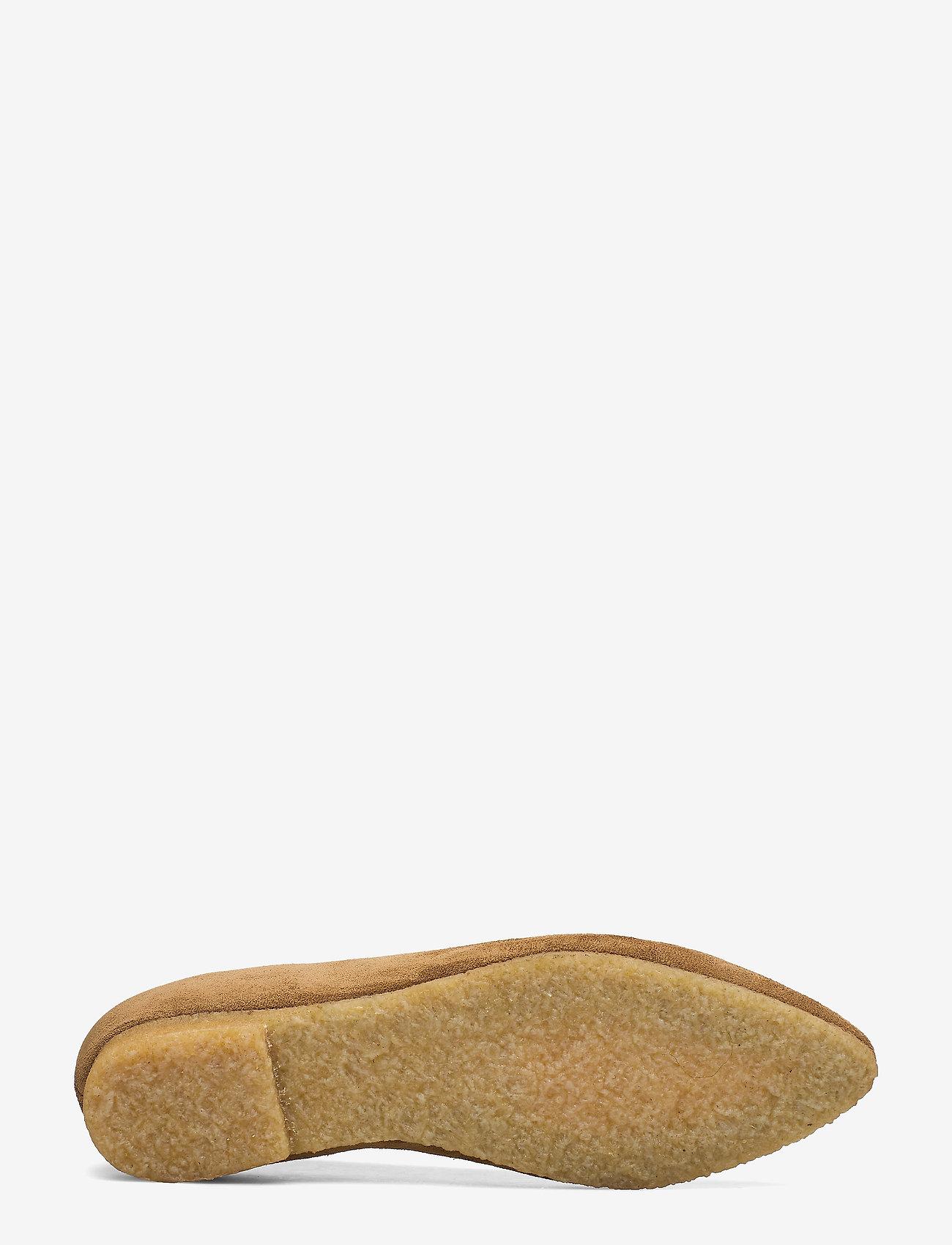 Ballerina (2209 Mustard) - ANGULUS