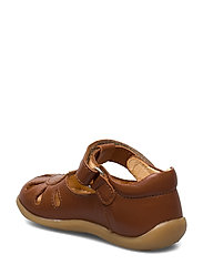 ANGULUS - Sandals - flat - closed toe -  - lauflernschuhe - 1431 cognac - 2