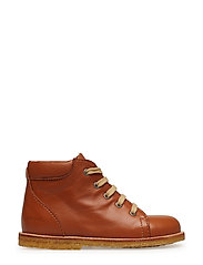 Boots - flat - with laces