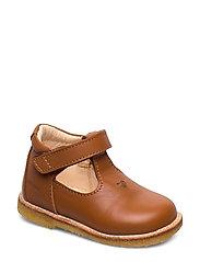 ***T - bar Shoe*** - 1431 COGNAC