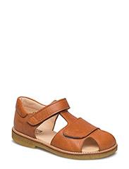 Sandals - flat - closed toe -  - 2621 COGNAC