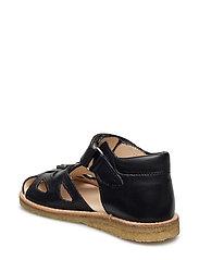 Sandals - flat