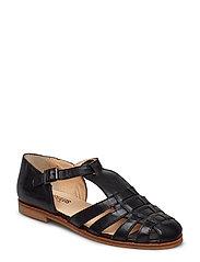 Sandals - flat - closed toe - op
