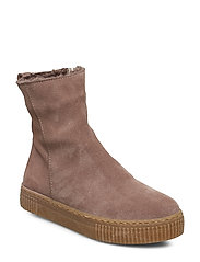 Boots - flat - with zipper