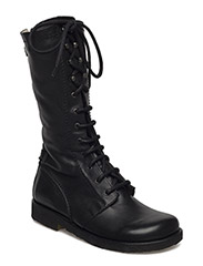 Long boot with laces. - 1604 BLACK