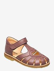 Sandals - flat - closed toe -  - 1524 PLUM
