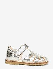 ANGULUS - Sandals - flat - closed toe -  - sandaler - 1325 champagne - 1