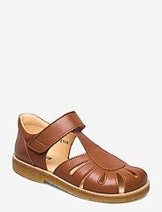 Sandals - flat - closed toe -  - 1431 COGNAC