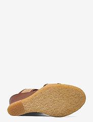 ANGULUS - Sandals - wedge - sandalen mit absatz - 1548/2670 cognac/sand - 4