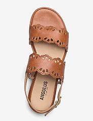 ANGULUS - Sandals - flat - open toe - op - flache sandalen - 1789 tan - 3