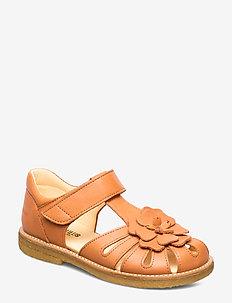 Sandals - flat - closed toe -  - 2641 PEACH