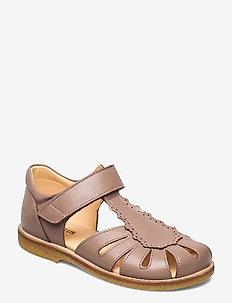 Sandals - flat - closed toe -  - sandals - 1433 make-up