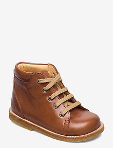 Boots - flat - with laces - støvler - 1838 cognac